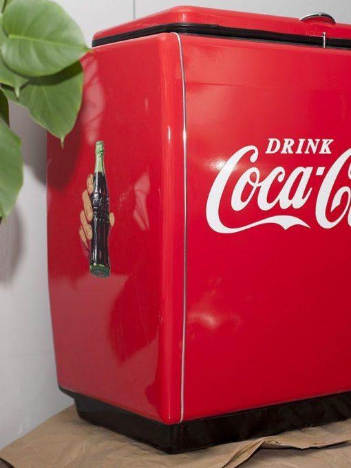 الرجعية ثلاجة كوكا كولا