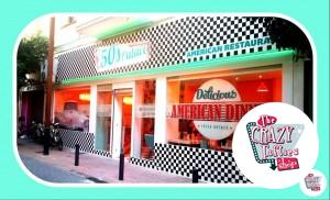 the 50s place retro american diner Spain