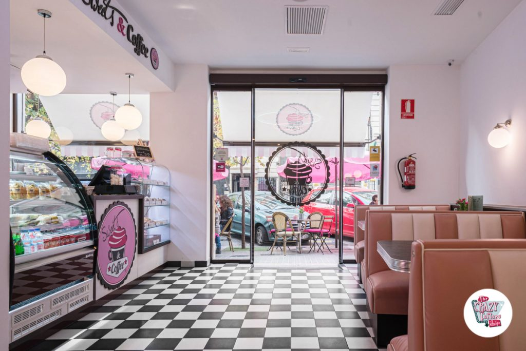 Cafeterias Vintage Sweets and Coffee