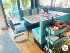 La salle à manger rétro de Pere Co25