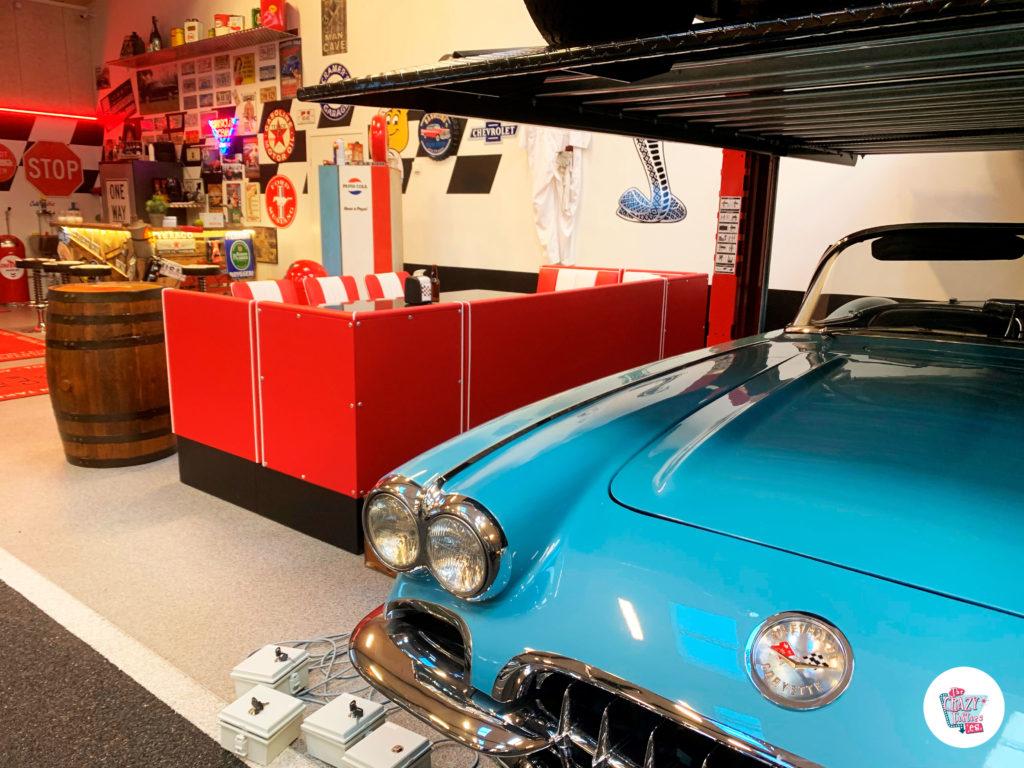 Garage de coches clásicos desde Dinamarca back
