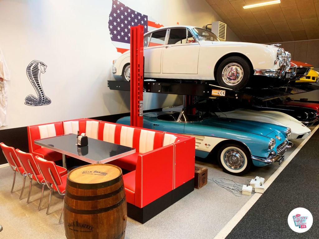 Diner en Garage de coches clásicos desde Dinamarca