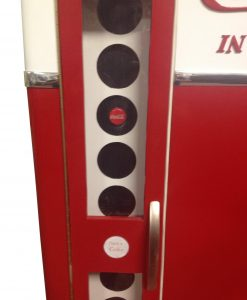 Buy Soft drinks machine cabinet V81 4