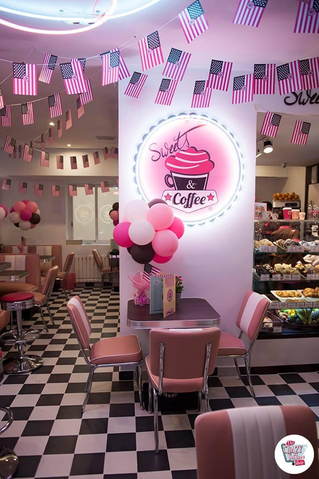 Cafeterias sweets coffee for Muebles para cafeteria vintage
