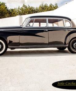 Voiture classique Mercedes 300 B Adenauer