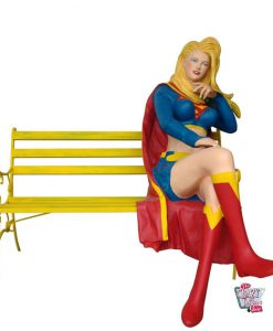 Figura decoración Super Héroe Supergirl en Banco