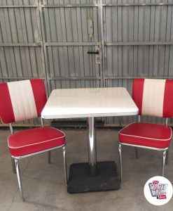 Retro Outlet Table Set with 2 Premium Retro Chairs