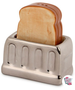 Set Salt and pepper toaster with toast